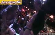 Geile dronken vrouwen neuken de stripper