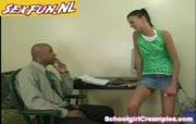 High school sletje neukt haar leraar engels