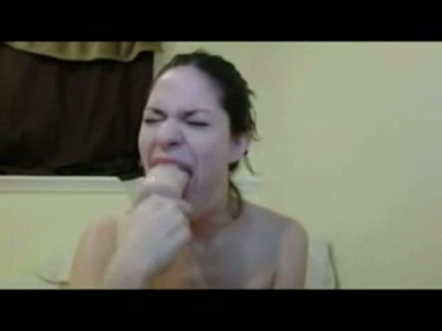Sexy webcam meisje deepthroath haar dildo