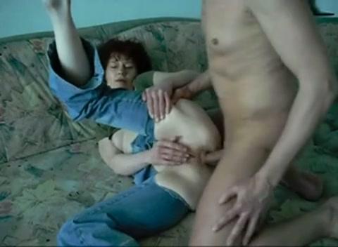Geile anale sex met zijn geile roodharige vrouw