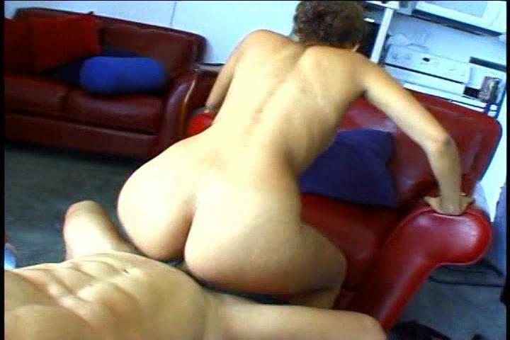 Gratis amat pornofilm met sexy amateur slet