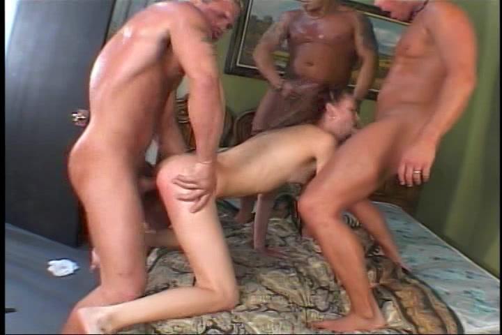 Drie oudere mannen neuken een tiener meisje
