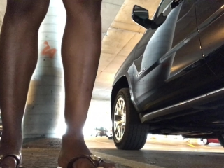 Peeing in crowded parking lot - ALMOST CAUGHT