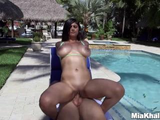 Big tits Mia Khalifa gets a creampie by the pool