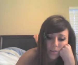 Lekker jong tienertje voor de webcam