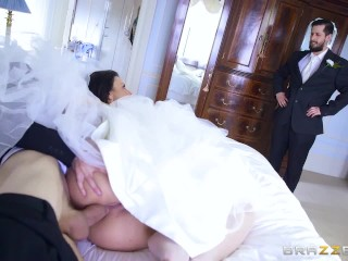 brazzers cheating bride simony diamond enjoys in de aars