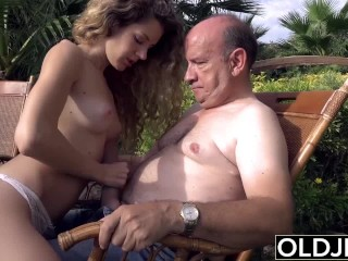 young wants to sucks an ancient man schlong and get laid in her vagina receptiont a jizz on sight