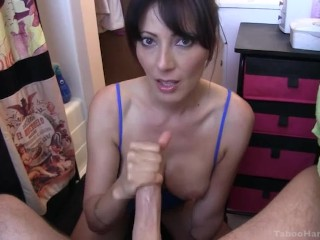 mam catches son wanking and helps with a deepthroat oral sexe