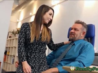 daughter bambi brooks hot kantoor assistant experience with stepfather