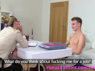 femaleagent. mommy gets an unexpected creampie from saucy worshiper