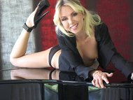 sultry strip on the piano by sexs megastar jeanie marie