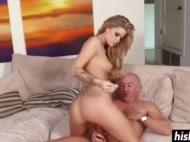 jessa spreads her leg to get fucked