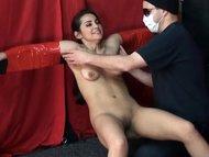 tickling dee